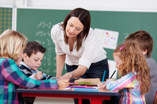 Explaining teacher
